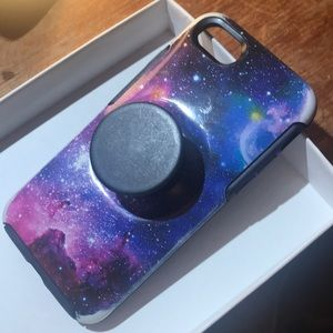OTTERBOX/ COSMIC IPHONE CASE/ new/ pop socket too
